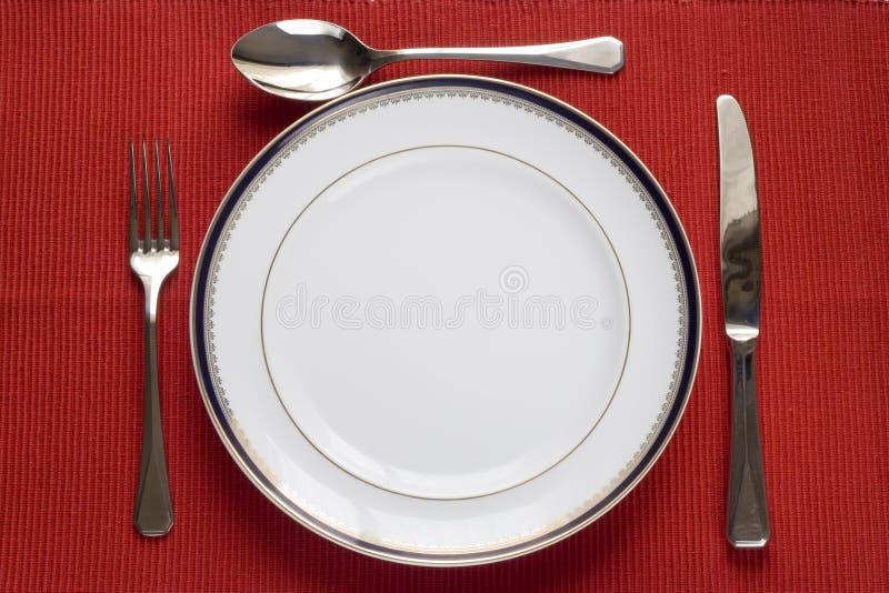 Platte, Gabel, Messer und Löffel stockfotos