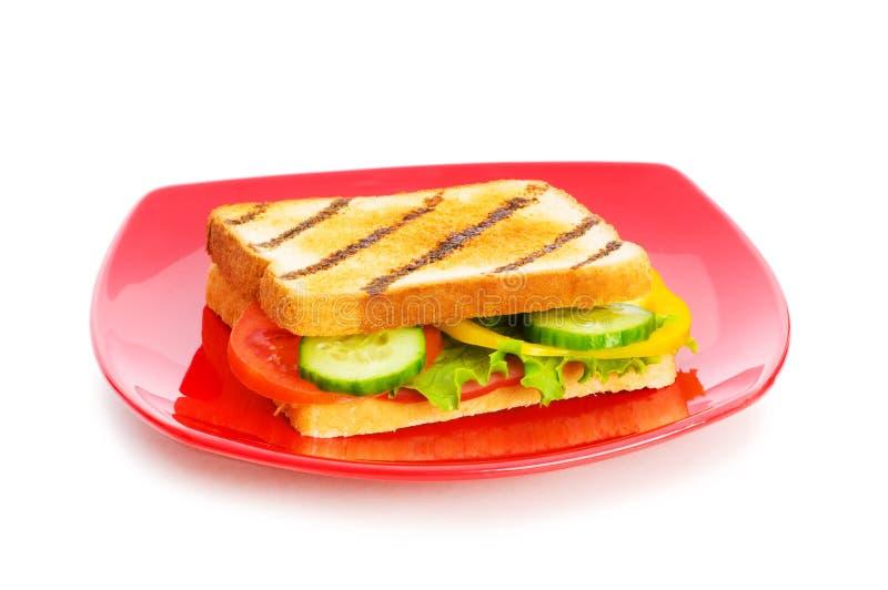 Platte mit geschmackvollem Sandwich stockfoto