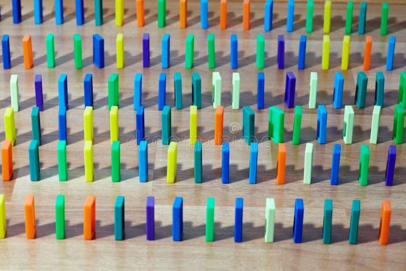 plattforer plastic rader för knogar vertikalt royaltyfri illustrationer