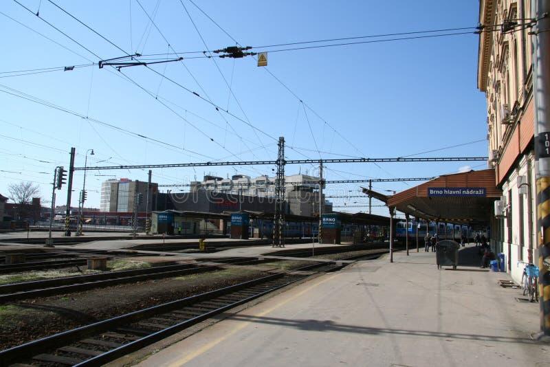 Plattform för Brno drevstation_old royaltyfri bild