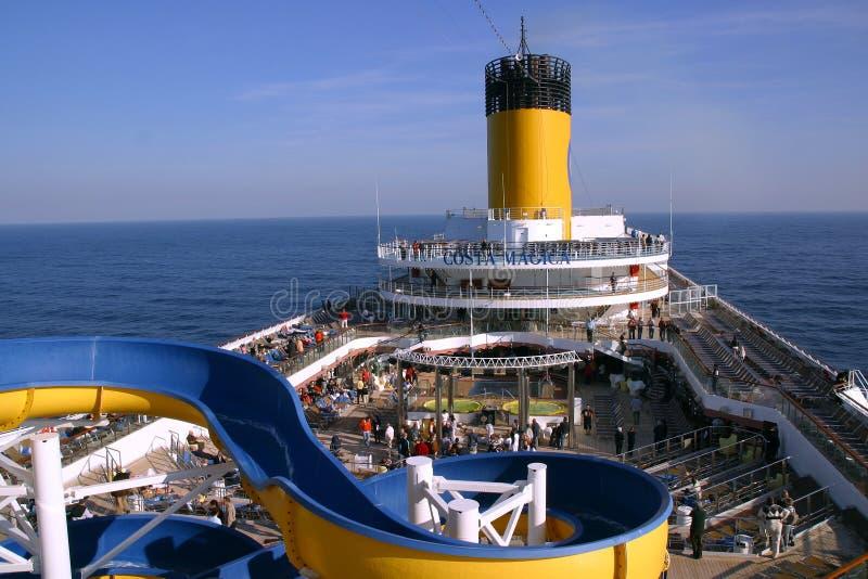 Plattformkreuzschiff Costa Magica stockfotos