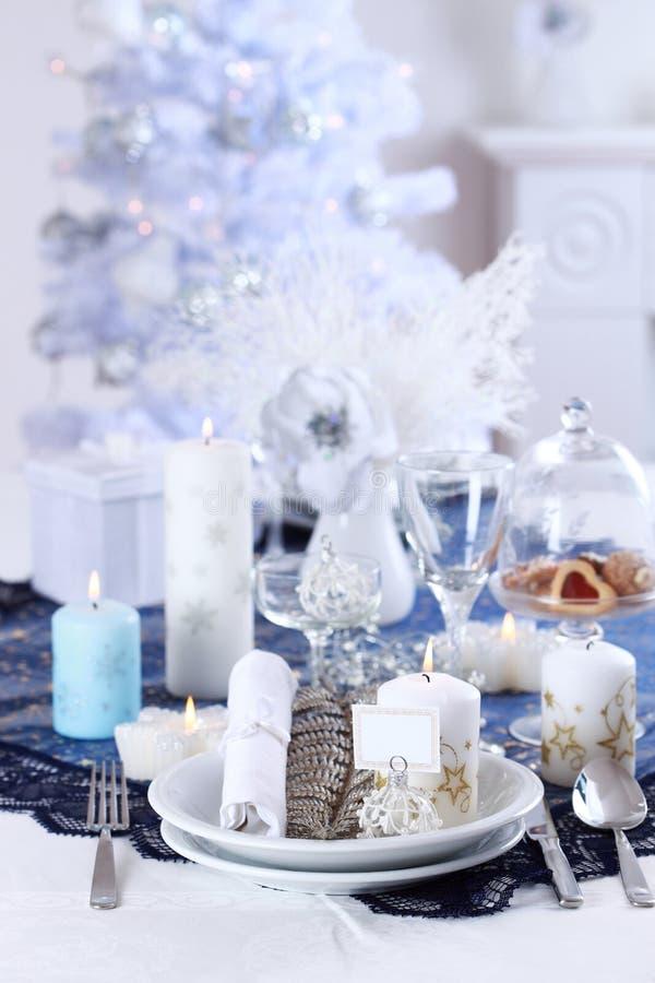 Platzeinstellung für Weihnachten stockfotos