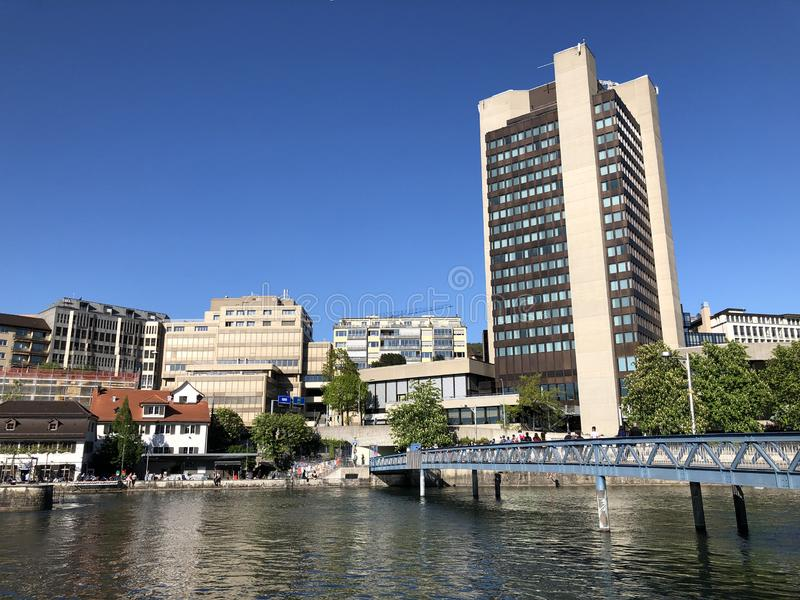 Platzspitz - parc avec un pass? turbulent dans la ville de Zurich images libres de droits