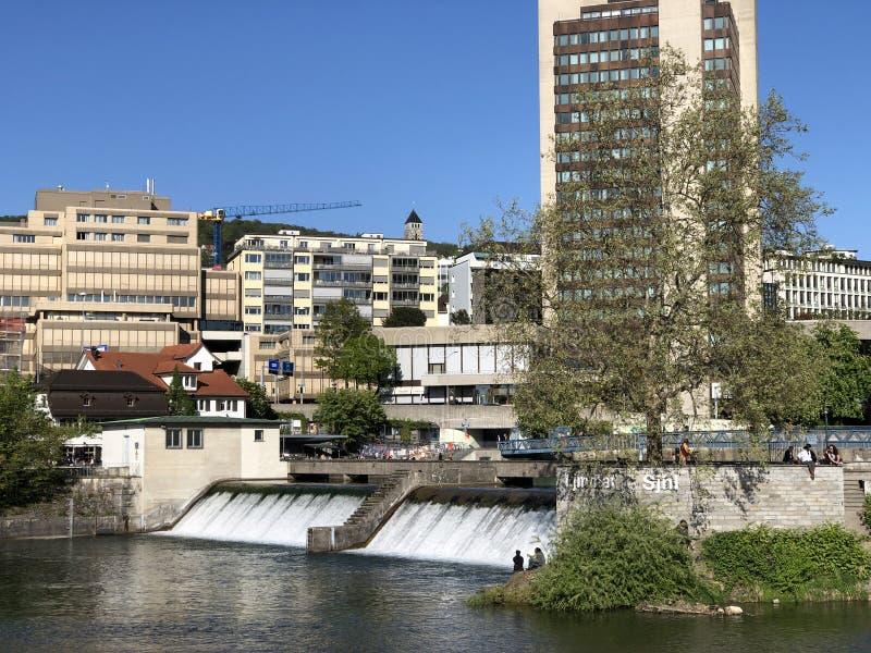 Platzspitz - parc avec un pass? turbulent dans la ville de Zurich photographie stock libre de droits