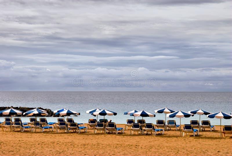Playa abandonada Los Christianos, islas Canarias imágenes de archivo libres de regalías