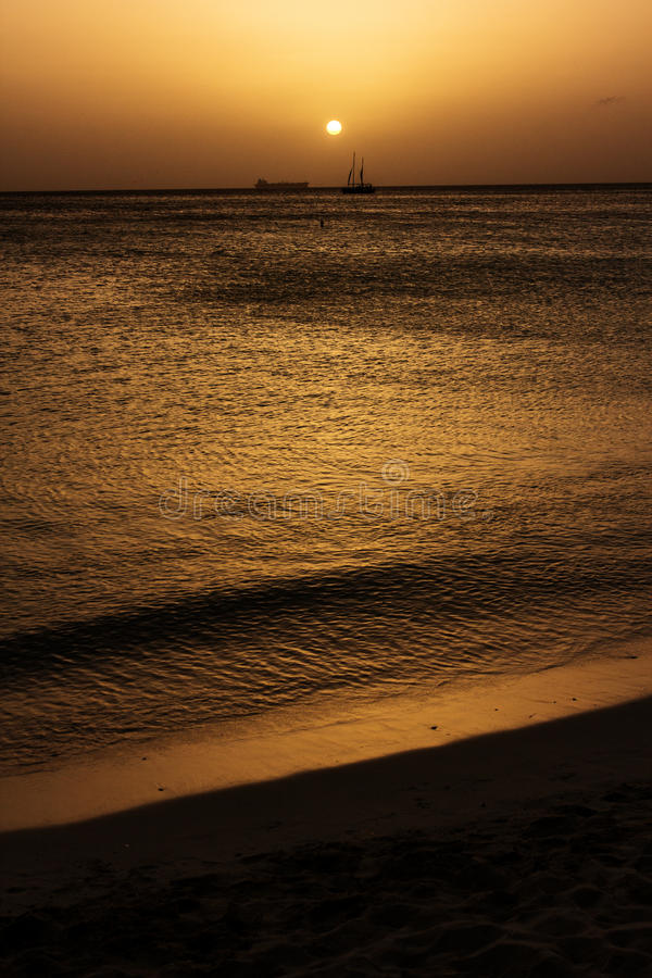 Playa Aruba atardecer royalty free stock images