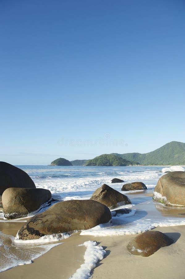 Playa brasileña escénica Trindade Paraty RJ el Brasil fotografía de archivo
