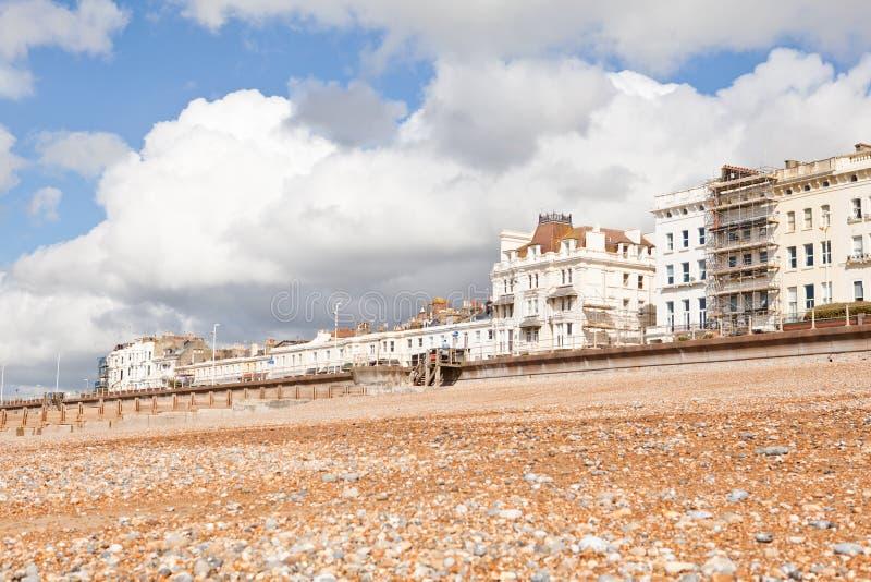 Playa cerca de Hastings, Sussex del este, Inglaterra de St Leonards imágenes de archivo libres de regalías