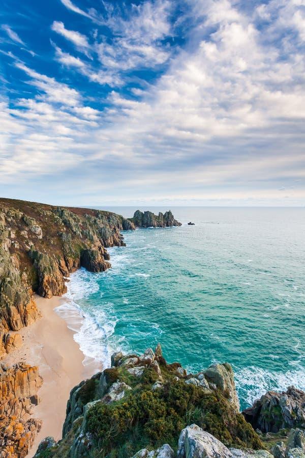 Playa Cornualles Inglaterra Reino Unido de Pedn Vounder fotografía de archivo libre de regalías
