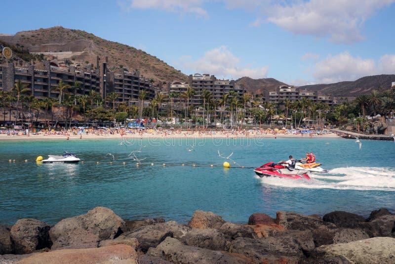 Playa de Anfi Del Mar en Gran Canaria, España fotos de archivo