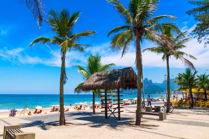 Playa de Arpoador y de Ipanema en Rio de Janeiro fotos de archivo