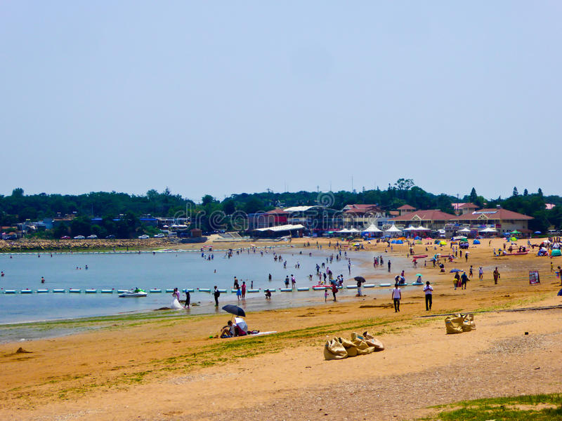 Playa de baño de la ciudad de Qingdao fotos de archivo