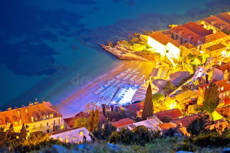 Playa de Banje en la opinión aérea de la tarde de Dubrovnik fotos de archivo