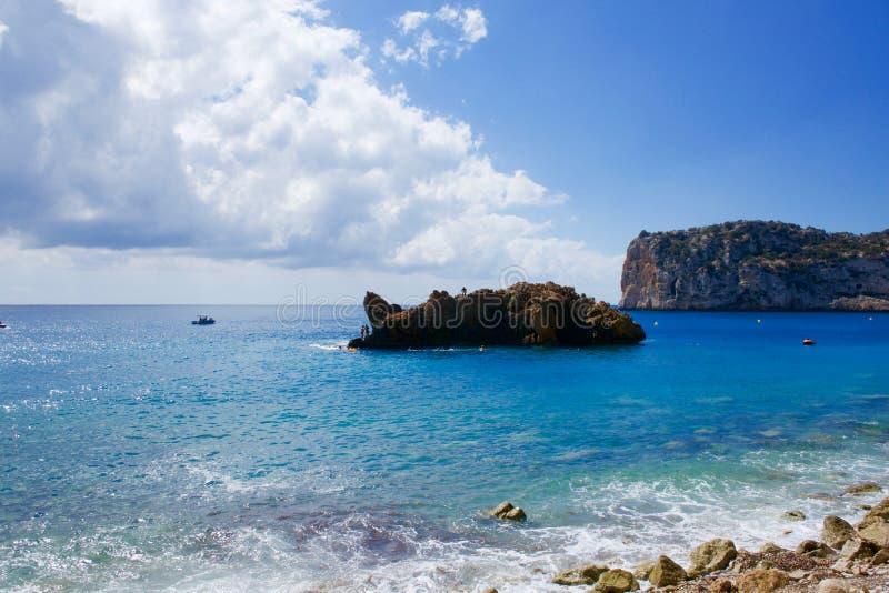 Playa de Cala de Ambolo - de Javea - España fotos de archivo libres de regalías