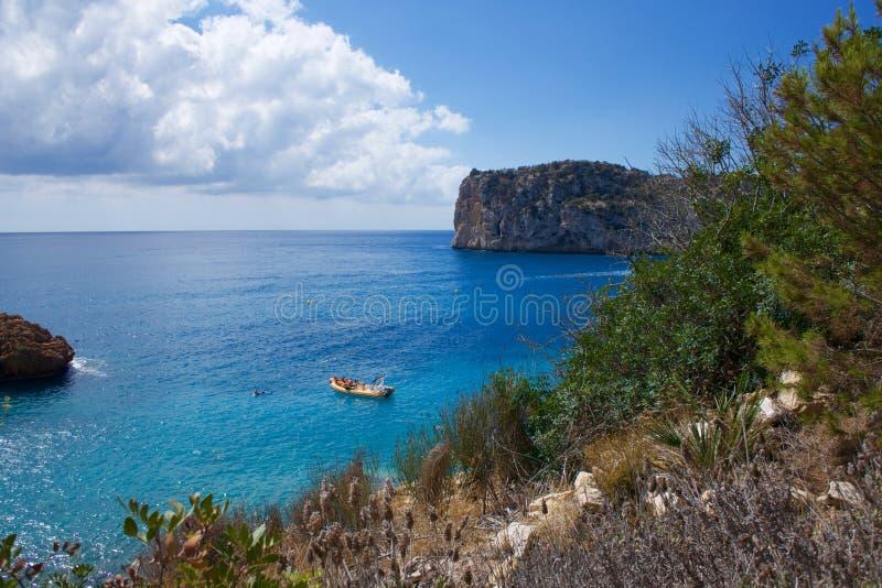 Playa de Cala de Ambolo - de Javea - España foto de archivo libre de regalías