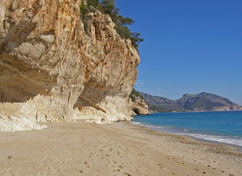 Playa de Cala Luna y golfo de Orosei - Cerdeña, Italia imagenes de archivo