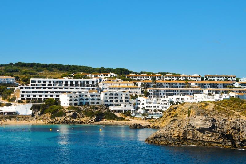 Playa de Castell de los d'es de Arenal en Menorca fotos de archivo