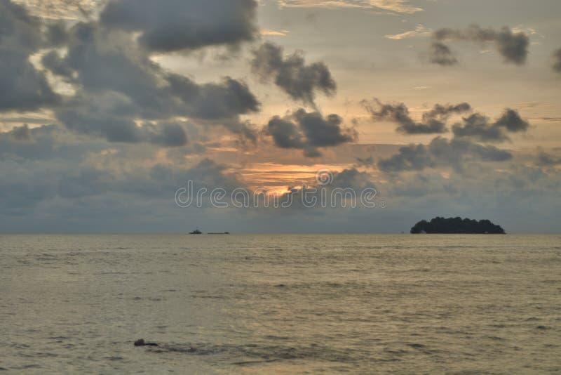 Playa de Dickson del puerto de la puesta del sol fotos de archivo