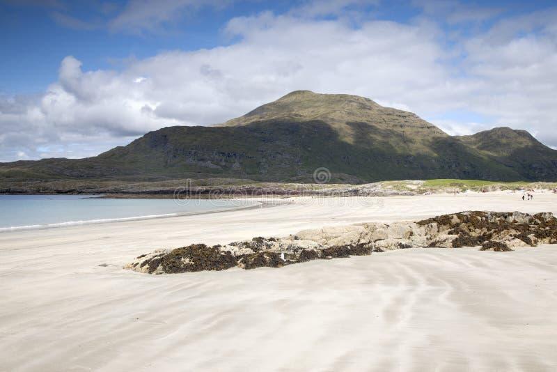 Playa de Glassillaun, fiordo de Killary, parque nacional de Connemara imagenes de archivo