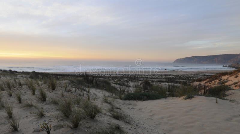 Playa de Guincho en el ocaso imagen de archivo libre de regalías