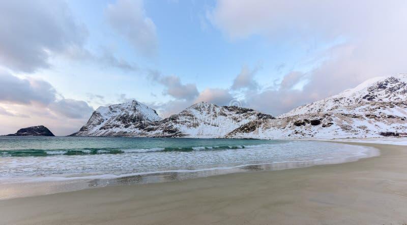 Playa de Haukland, islas de Lofoten, Noruega imagen de archivo libre de regalías