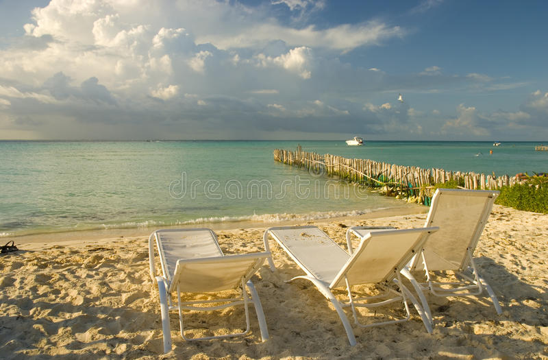 Playa de Isla Mujeres en Cancun, México fotografía de archivo