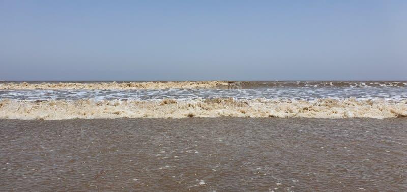 Playa de Jampore, daman, Gujarat, la India foto de archivo