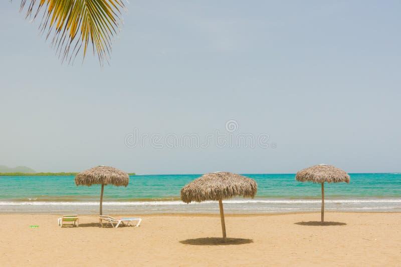 Playa de la arena en Cuba imagen de archivo