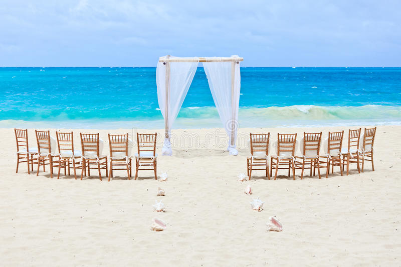 Playa de la boda imágenes de archivo libres de regalías