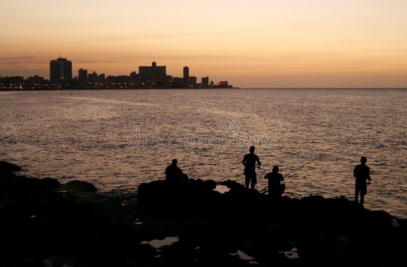 Playa de La Habana (Malecon) en la puesta del sol, Cuba foto de archivo libre de regalías