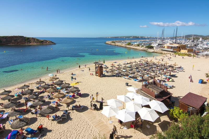 Playa de la playa de Nous de los portales, Mallorca, España imagenes de archivo