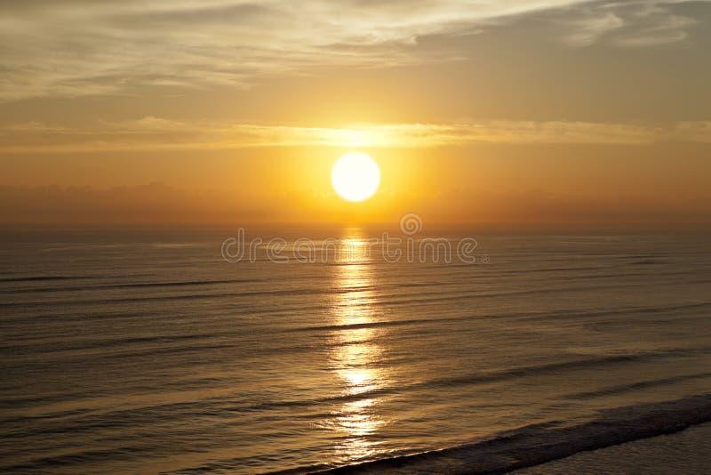 Playa de la puesta del sol de la salida del sol imagen de archivo libre de regalías
