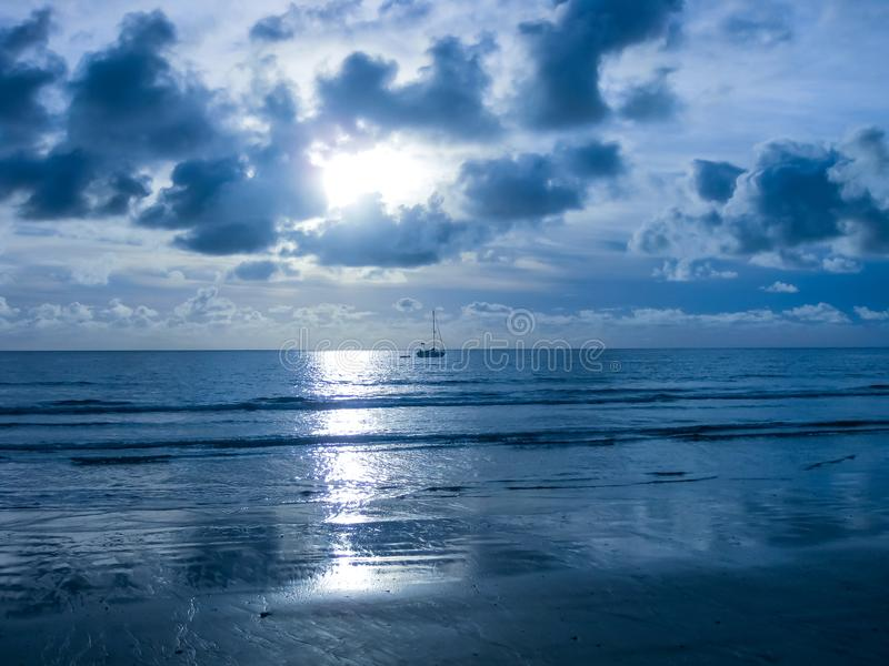 Playa De-las Amerika blau stockbilder