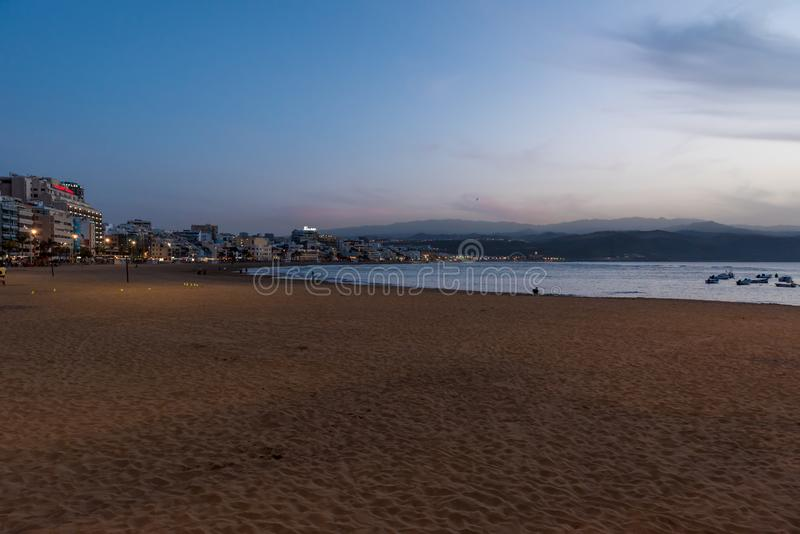 Playa de Las Canteras - playa en Las Palmas de Gran Canaria imágenes de archivo libres de regalías