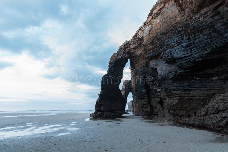 Download Playa De Las Catedrales En España Foto de archivo - Imagen de señal, acantilado: 44852190