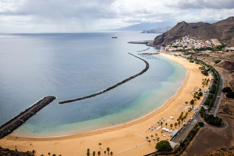 "Playa DE Las Teresitas †het ""beroemde strand in Tenerife stock foto"