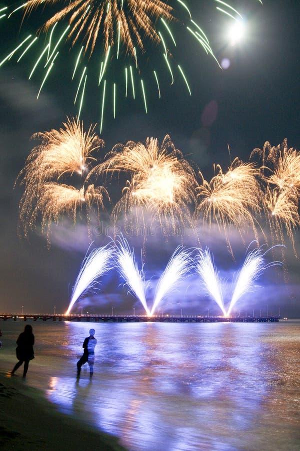 Playa de los fuegos artificiales del dei Marmi Italia del Forte fotos de archivo libres de regalías