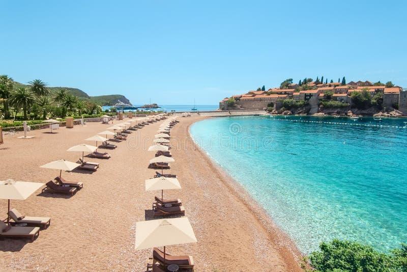 Playa de lujo en Montenegro imagen de archivo libre de regalías