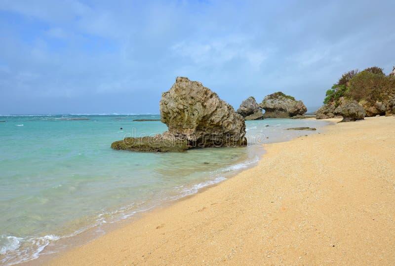 Playa de Mibaru, Okinawa, Japón fotografía de archivo libre de regalías