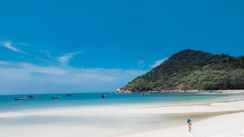 Playa de Nai Pan Yai de la correa fotografía de archivo libre de regalías