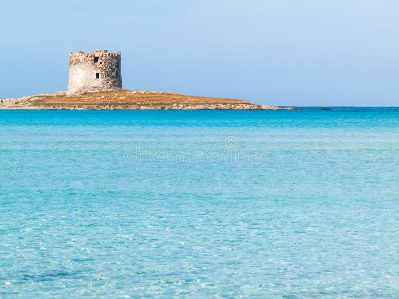 Playa de Pelosa en Stintito, Cerdeña Italia fotos de archivo