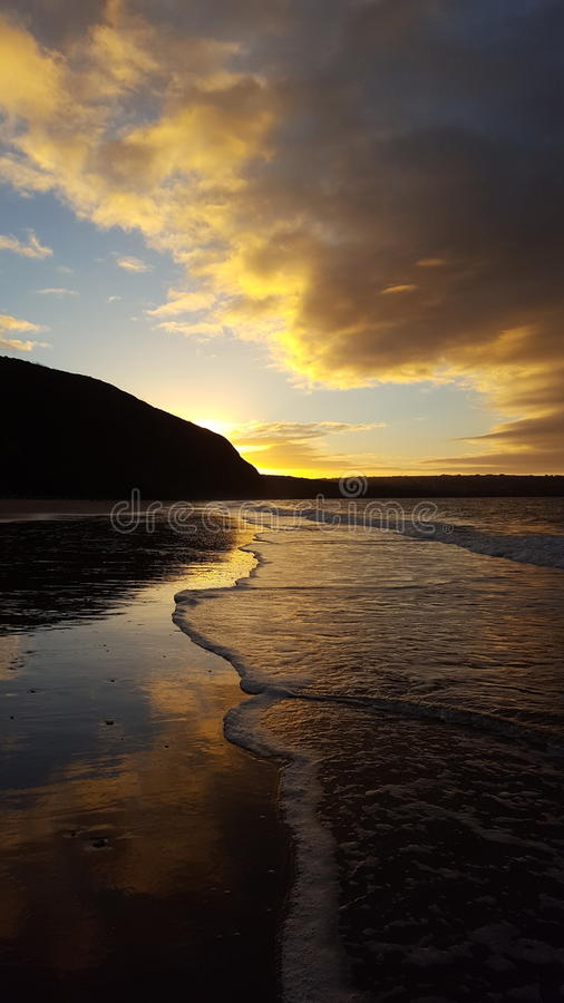 Playa de Penbryn imagenes de archivo