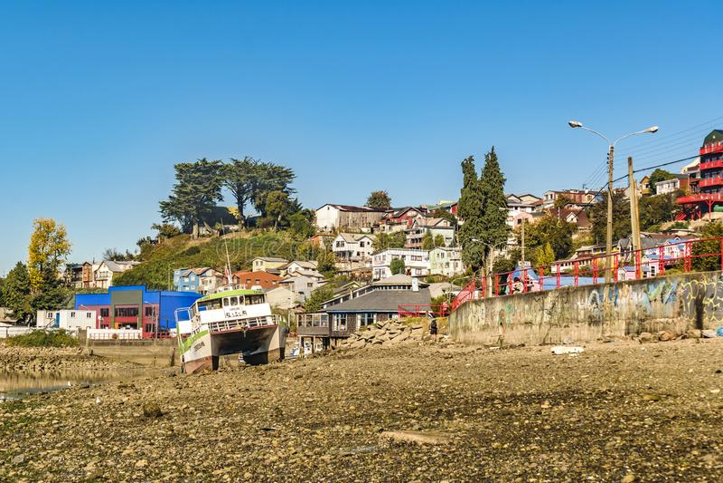 Playa de piedra en Castro, isla de Chiloe, Chile fotografía de archivo libre de regalías