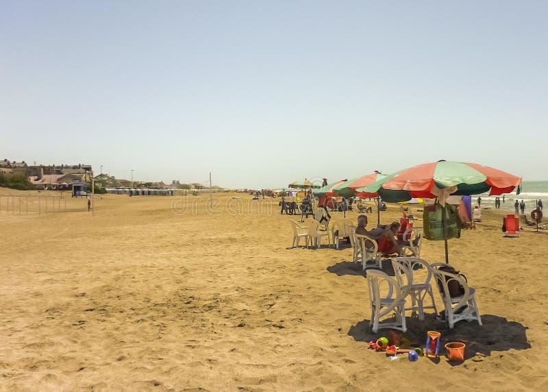Playa de Pinamar en el verano fotos de archivo libres de regalías
