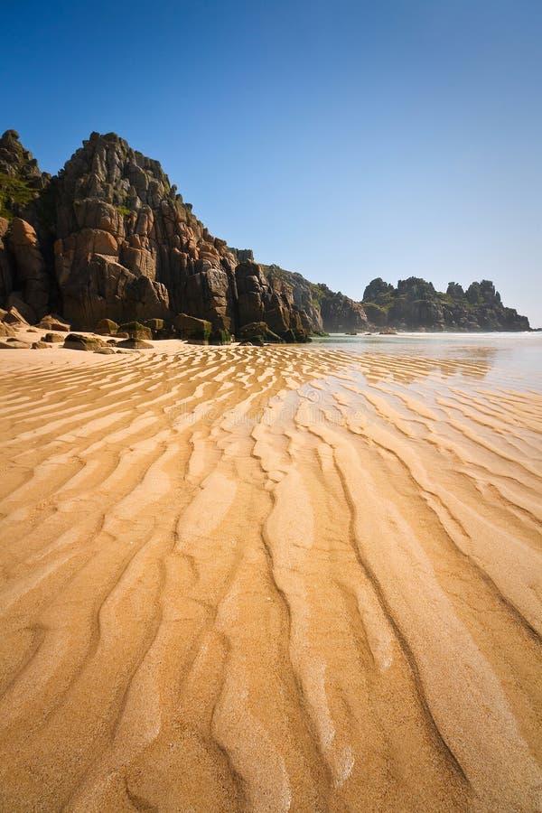 Playa de Porthcurno en Cornualles, Reino Unido imágenes de archivo libres de regalías