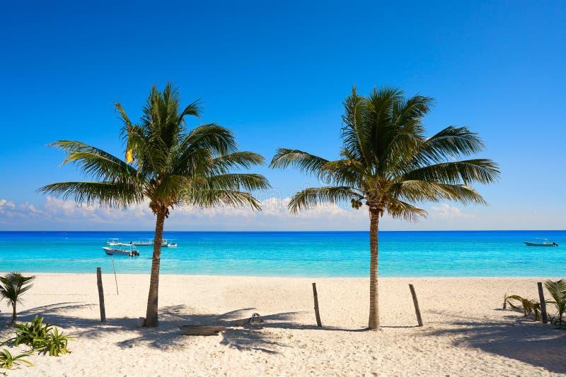Playa de Puerto Morelos en maya de Riviera imagen de archivo