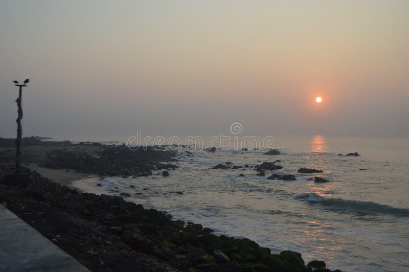 Playa de Rama Krishna, Vizag, la India foto de archivo