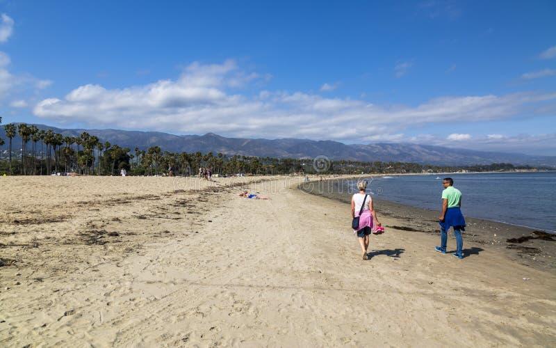 Playa de Santa Barbara, montañas de Malibu, California, los Estados Unidos de América, Norteamérica foto de archivo libre de regalías