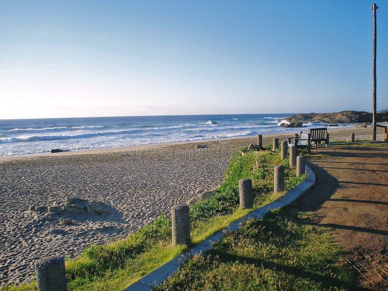 Playa de Suráfrica Kleimond en la salida del sol fotografía de archivo libre de regalías