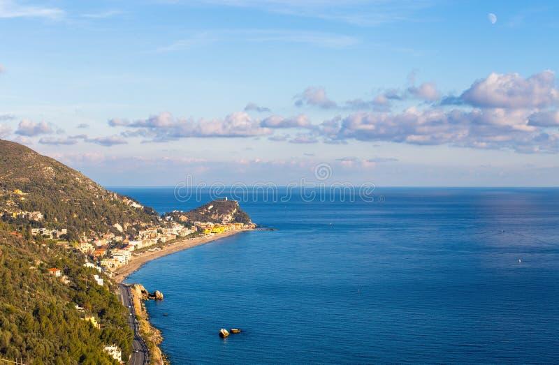 Playa de Varigotti, Savona, Liguria, Italia fotografía de archivo libre de regalías